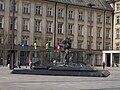 Ostrava, Prokešovo náměstí, kašna.jpg