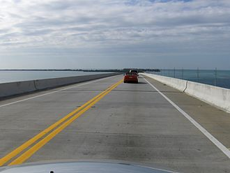 Long Key - Image: Overseas Highway bridge 2
