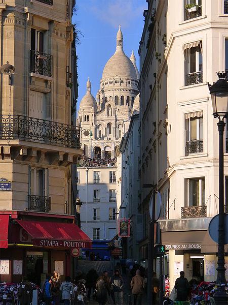 Fichier:P1150262 Paris XVIII rue Briquet-Sacré-Coeur rwk.jpg