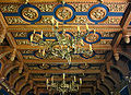 Pałac w Starejwsi-strop w sali mysliwskiej.jpg