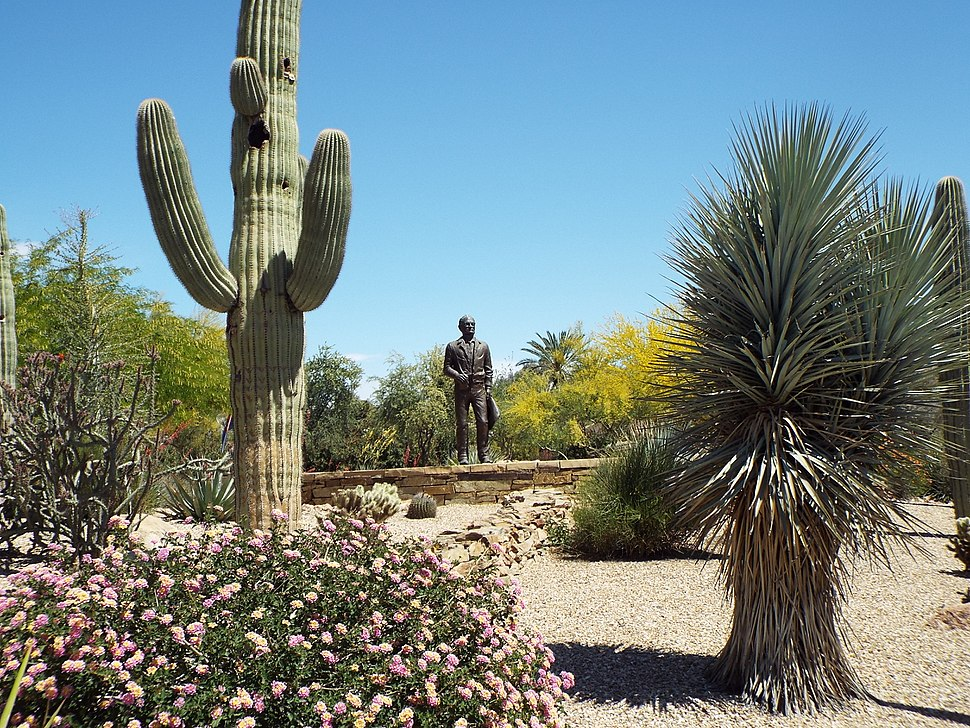 Paradise Valley-Barry Goldwater Memorial-1