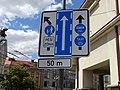 Pardubice, Smetanovo náměstí, náměstí Republiky, dopravní značka.jpg