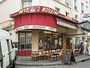 Amélie - Amélie works at the Café des 2 Moulins in Montmartre