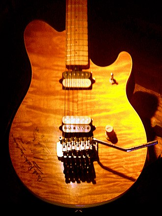 Flame maple - Image: Peavey EVH Wolfgang guitar (body) at Hard Rock Cafe San Antonio, Texas