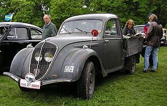 Peugeot 202 - Image: Peugeot 202 (2)