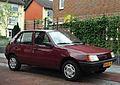 Peugeot 205 GLD (9407807161).jpg