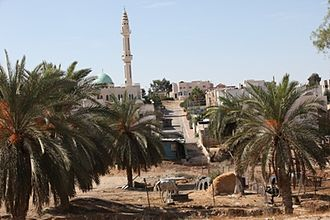 Rahat - Neighborhood and the main mosque of Rahat