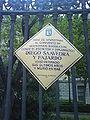 Placa en recuerdo al antiguo convento de Agustinos Recoletos.JPG