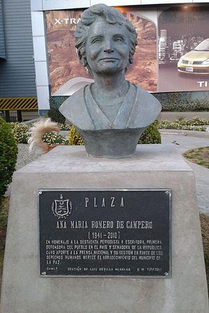 Ana María Romero de Campero - Statuette at Ana Maria Romero square