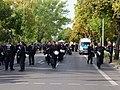 "Police on the Ruschestraße in Berlin in front of the ""Heß-Marsch"" Demonstration 02.jpg"
