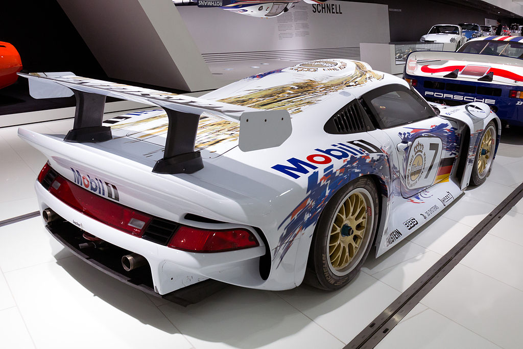 file porsche 911 gt1 96 rear right porsche wikimedia commons. Black Bedroom Furniture Sets. Home Design Ideas