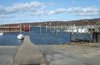 Bridgeport & Port Jefferson Ferry - Image: Port Jefferson Harbor
