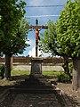 Pouilly-sur-Serre (Aisne) croix de chemin.JPG