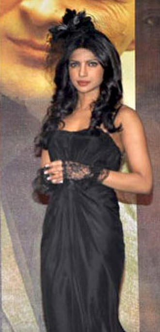 7 Khoon Maaf - Image: Priyanka Chopra at 7 Khoon Maaf media event 2