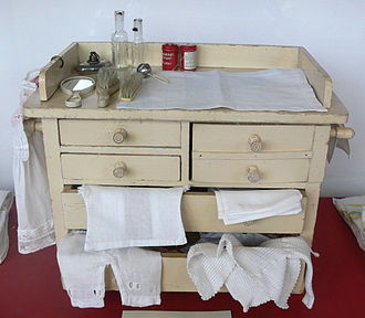 Changing table - A changing table.