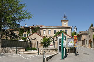 Puyvert Commune in Provence-Alpes-Côte dAzur, France