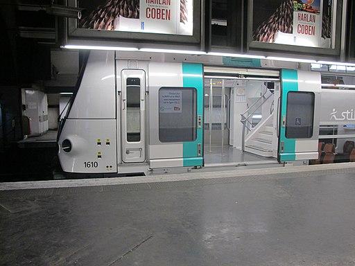 Rame MI09 du RER A - CDG - IMG 1593