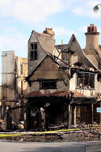 File:Reeves Corner riot damage, Croydon.jpg