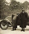 René Champoiseau, deuxième du Saint-Pétersbourg-Moscou 1907, sur voiture C.G.V. (La Vie au Grand Air du 1er juin 1907, p.368).jpg