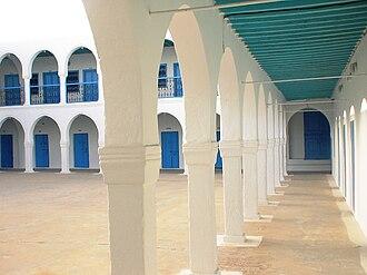 El Ghriba synagogue - Courtyard of El Ghriba