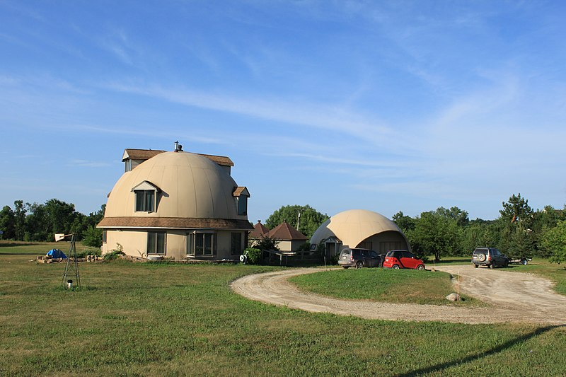 File:Residences with domed roofs, 5299 West Ellsworth Road, Lodi Township, Michigan - panoramio.jpg