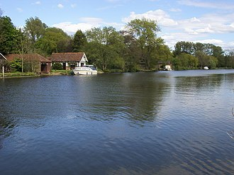 Burcot, Oxfordshire - Image: River Thames geograph.org.uk 1281184