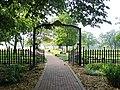 Rock-Island-National-Cemetery-gate.jpg
