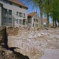 Rondeel, te voorschijn gekomen tijdens dijkverbeteringswerkzaamheden - Ravenstein - 20338706 - RCE.jpg