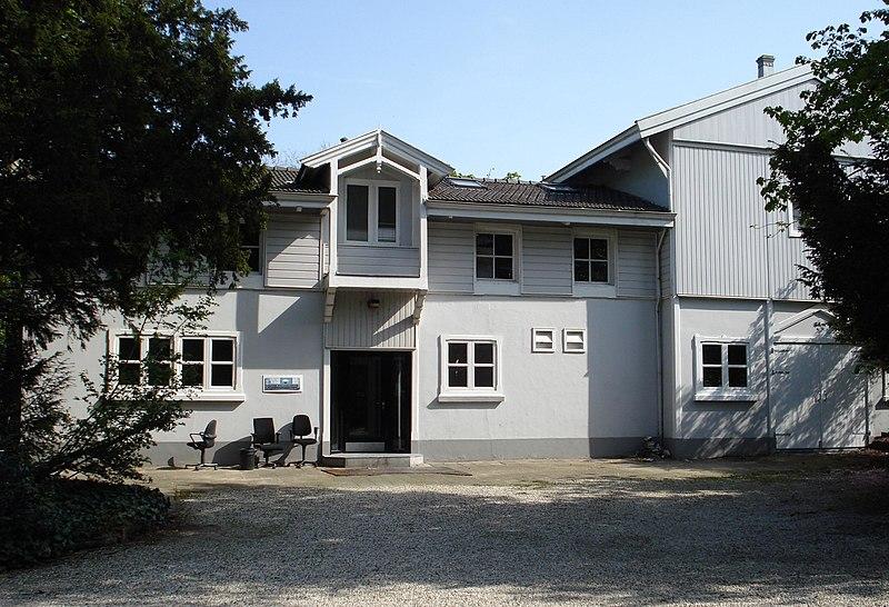 Villa trompenburg in rotterdam monument for Honingerdijk rotterdam