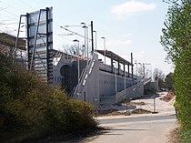 S-Bahnstation Frankfurt-Zeilsheim im Bau, April 2007.jpg