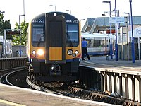 SWT 444025 at Poole 2005-07-16 07.jpg