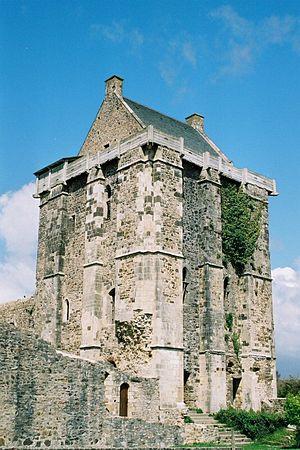 Saint-Sauveur-le-Vicomte - Image: Saint Sauveur le Vicomte (Château) 2