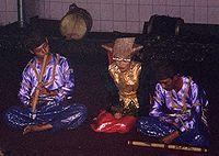 Saluang, Alat Musik Minangkabau sedang dimainkan oleh pemusik Minangkabau, Sumatra Barat.