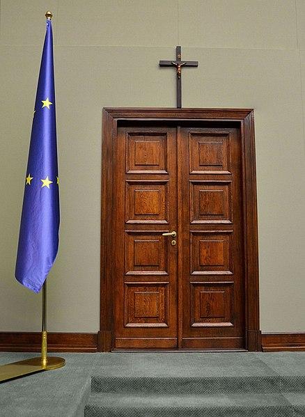 Plik:Sejm cross.JPG