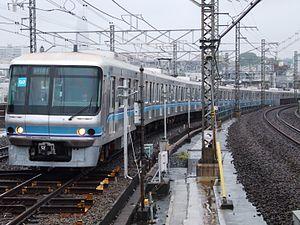 Tokyo Metro 07 series - Set 07-101 on Tokyo Metro Chiyoda Line service, September 2008