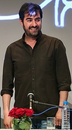 Shahab Hosseini in The Salesman's press conference in Tehran.jpg