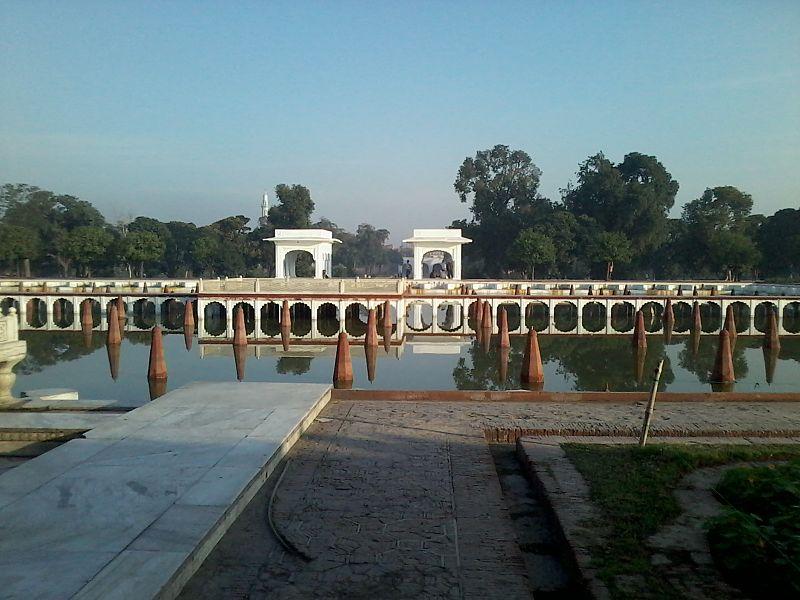 Shalimar Gardens, Lahore (Faiz Baksh Tarrace- 2nd tarrace of the Garden).jpg