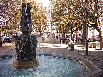 Sloane Square - Fountain in Sloane Square.