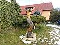 Socha v ulici Na Ohradech v Lánech (Q107161392).jpg