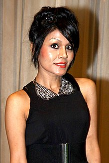 Sonu Kakkar at NBC award 2013.jpg