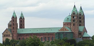 1060s in architecture - Image: Speyer Dom Laengsseite