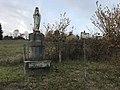 Statue de la Vierge à Mollon.JPG