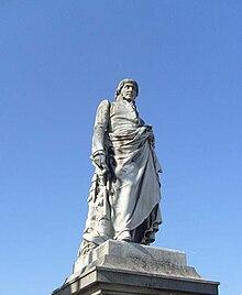 Statue de Ladoucette à Gap