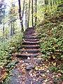 Stezka Malá Skála - Sokol, kamené schodiště.jpg