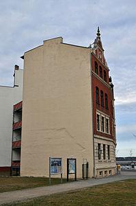 Stralsund, Seestraße 1, Ecke Fährstraße (2012-03-04) 1, by Klugschnacker in Wikipedia.jpg