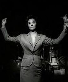 Susan Hayward in I Want to Live! trailer.JPG