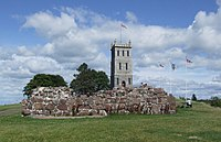 Tønsberg - tower and ruins.JPG