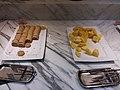 TW 台灣 Taiwan 中正區 Zhongzheng District night 西門 Ximen 衡陽路 Hengyang Road 德立莊酒店 Hotel Midtown Richardson buffet food August 2019 SSG 05.jpg