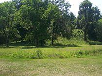 Tallahassee FL Lake Jackson Mounds SP mound02a.jpg
