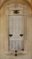 Targa ai Caduti sotto il portico della chiesa parrocchiale di Malesco.png